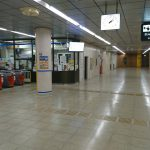 地下鉄室見外2駅ホーム床修理1